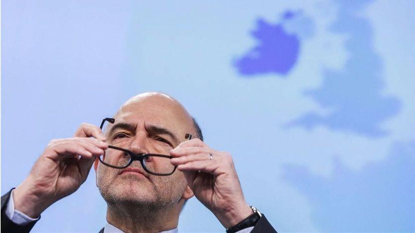 La Comisión Europea dará tiempo a Rajoy pero le obligará a aplicar recortes o subir impuestos