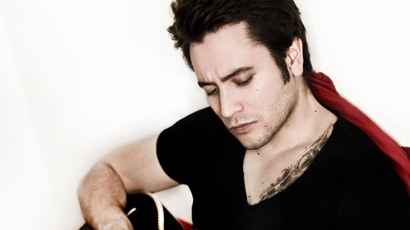 El polifacético Fernando Tato es 'Aún más animal' artístico y musical con su nuevo disco