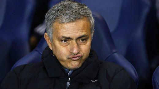 Mourinho, inasequible al desaliento: la Federación Inglesa le acusa de