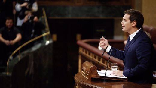 Rivera defiende la legitimidad del Gobierno del Rajoy ante los ataques de Podemos