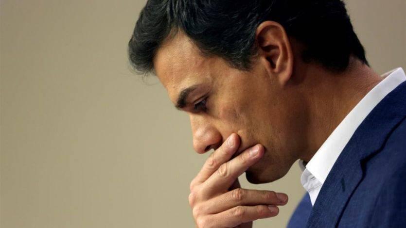 Sánchez deja el escaño entre lágrimas y promete regresar para liderar un nuevo PSOE