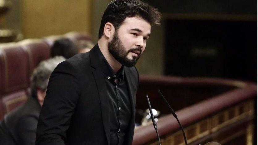 """""""Si le hacen esto a su secretario general, qué no le harán a su gente"""". Rufián (ERC) desata la ira del """"PSOE S. A."""""""