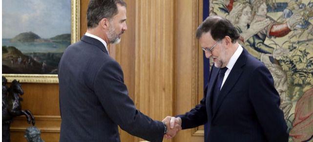 Felipe VI debuta como confirmante de alternativa de Gobierno: Rajoy jura su cargo de presidente en la mañana de este lunes