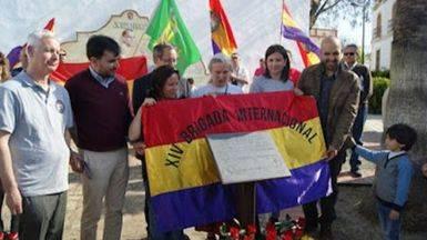 Emotivos actos de homenaje a las Brigadas Internacionales en 'su' capital de Albacete, al cumplirse ocho décadas de su llegada