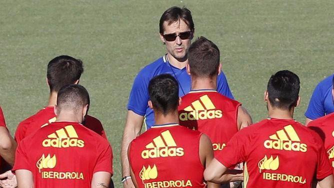 Lopetegui dará el viernes la lista de la Roja para los partidos ante Macedonia e Inglaterra