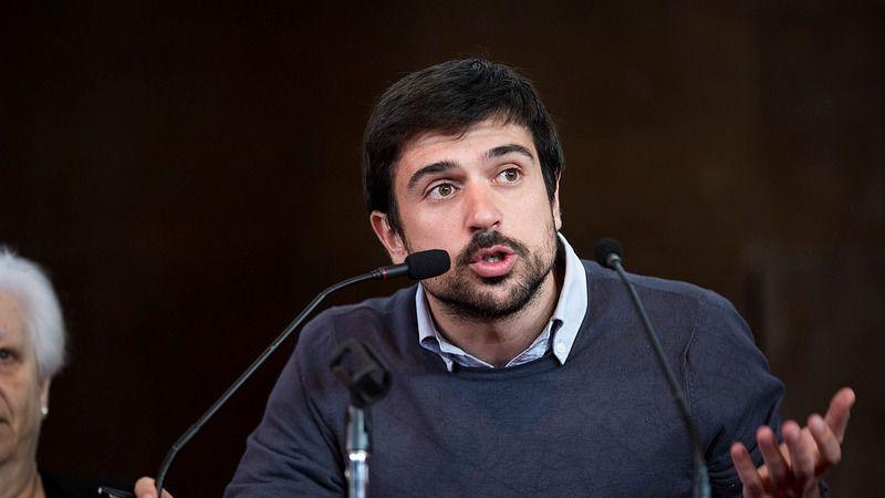 Prisa va a la caza de Podemos: publican el 'negocio' de Ramón Espinar con vivienda protegida