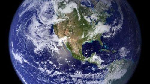¿Sabías que la Tierra no es el único planeta azul que habita la galaxia?