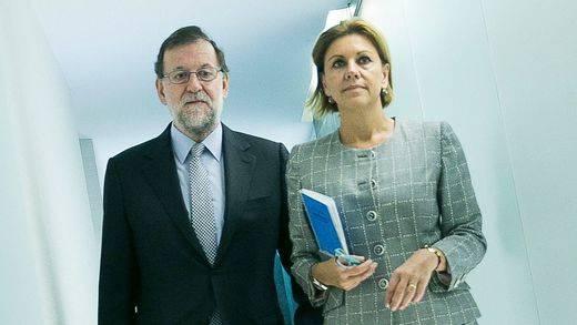 Cospedal tiene todas las papeletas para debutar al fin como ministra: las quinielas de Rajoy para esta tarde