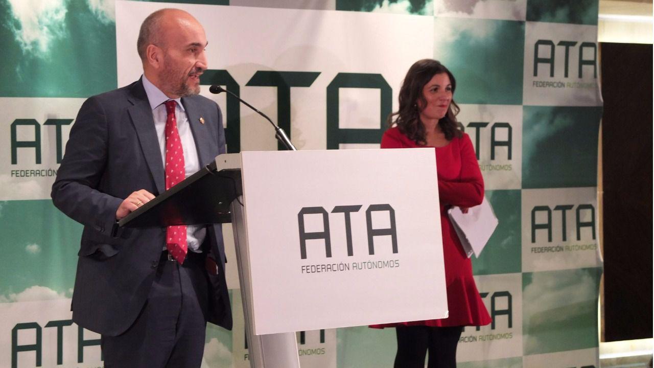 El Consejo General de Colegios de Gestores Administrativos de España recoge el premio 'Autónomo del Año 2016' en su XV Edición