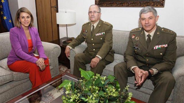 Las 'quinielas' del nuevo Gobierno acertaron con Cospedal: tomará el mando de Defensa