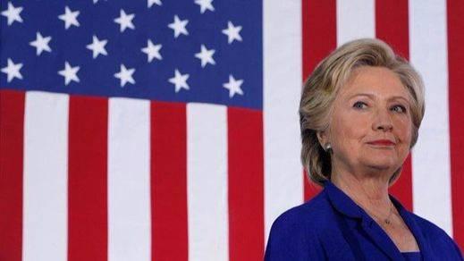 Clinton vuelve a sacar 5 puntos a Trump en la penúltima encuesta de una campaña agónica