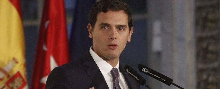 Rivera ya aprieta las clavijas a Rajoy: 'El Gobierno tiene la obligación de dar un giro y no meter la tijera en el bolsillo de la mayoría'