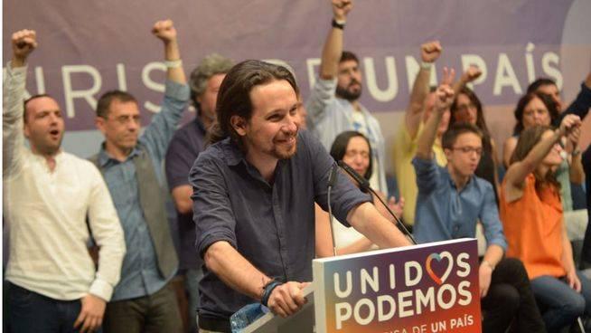 Unidos Podemos logra el ansiado 'sorpasso' tras la crisis del PSOE y la dimisión de Sánchez