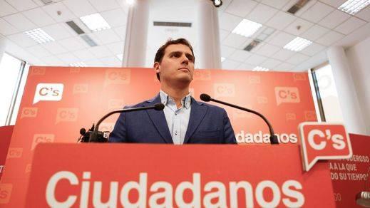 Rivera buscará renovar su liderazgo dentro de Ciudadanos con unas primarias en enero