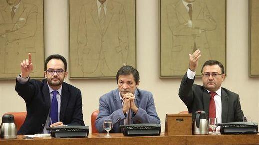 El PSOE confirma su declive en las encuestas frente al crecimiento de PP y Podemos