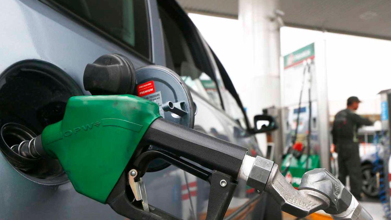 La gasolina y la luz elevan cinco décimas el IPC, hasta el 0,7%, su tasa más alta en tres años