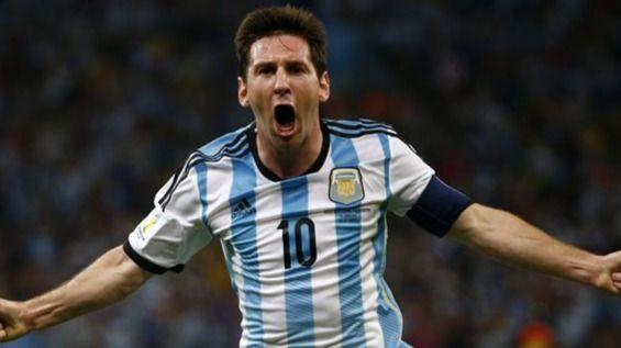 Argentina gana a Colombia (3-0) y los jugadores anuncian huelga... de declaraciones