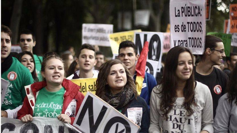 'El PSOE ha renunciado a exigir la derogación de la LOMCE y las reválidas', según el Sindicato de Estudiantes