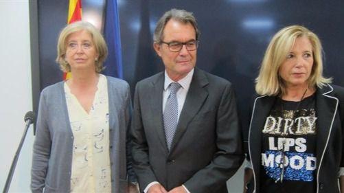 Artur Mas gastó más de 640.000 euros en viajes al extranjero en 3 años