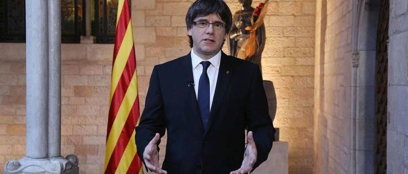 Sondeo electoral en Cataluña: JxSí volvería a ganar, pero peligra su mayoría absoluta con la CUP