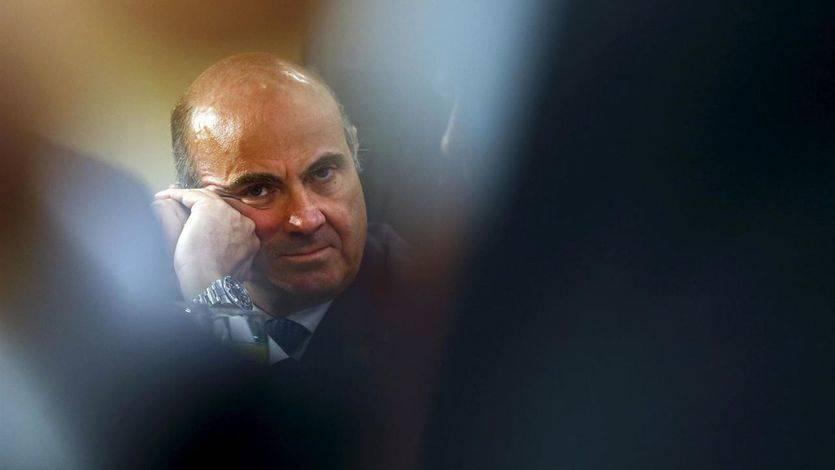 De Guindos confía en que el presupuesto a negociar con PSOE y C's mantenga el crecimiento esperado