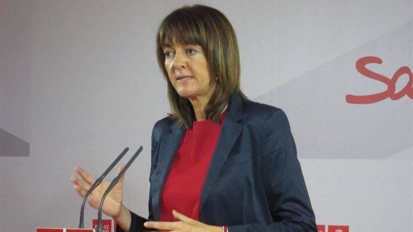 El PSOE vasco, como el catalán, desafía a la gestora con un acuerdo que incluye debatir 'el derecho a decidir'