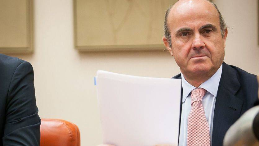 La economía española pagó el 'desgobierno' en el tercer trimestre creciendo algo menos
