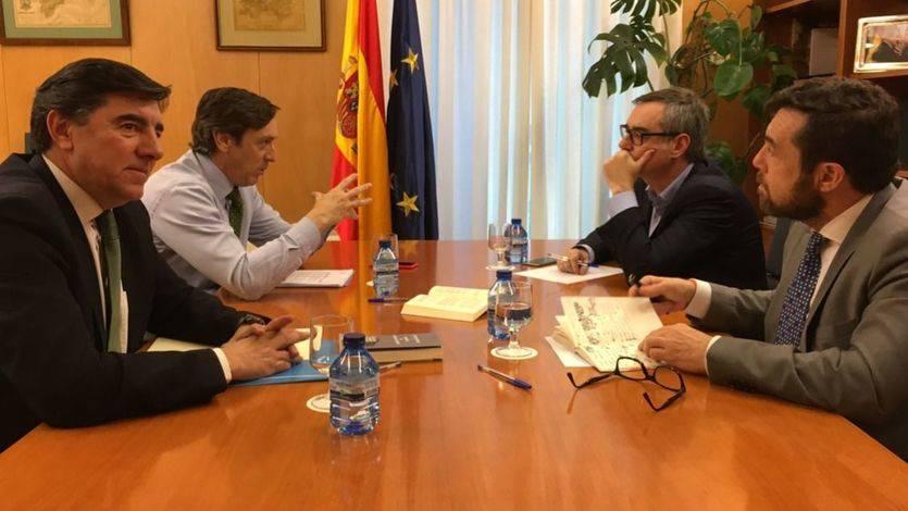 Reunión entre representantes de PP y de Ciudadanos el pasado mes de febrero