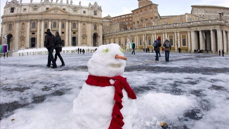 ¿Por qué la superficie del hielo no se congela bajo cero?