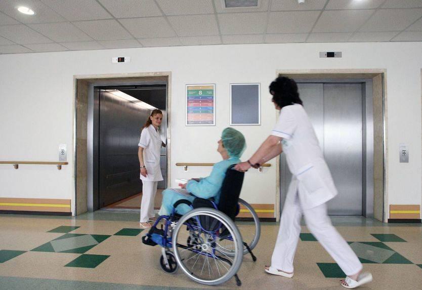 Castilla-La Mancha registra 8.575 altas hospitalarias, por debajo de la media nacional, según datos del INE