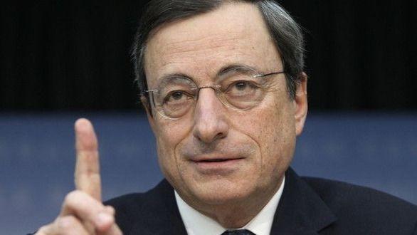 Mario Draghi 'se hace' del PP: pone de modelo para la zona euro a España por 'el éxito de las reformas del mercado de trabajo'