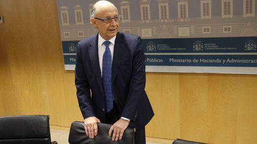 Año nuevo, medidas tributarias nuevas: prohibido pagar en metálico más de mil euros desde enero