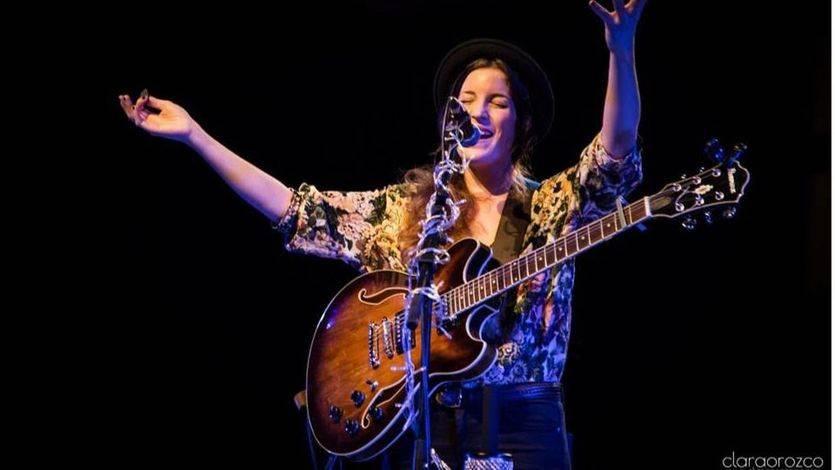 Tres nuevas canciones con la personalísima voz de Iseo aumentan el interés de su 'Last Night'