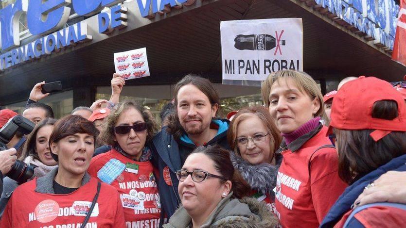 Pablo Iglesias protesta ante la sede del PP: 'Hay que seguir sin beber coca-cola y estar con los trabajadores'