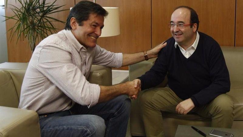 El PSC y el PSOE esquivan, por ahora, su divorcio en medio de 'amenazas' sobre la elección del nuevo líder de Ferraz