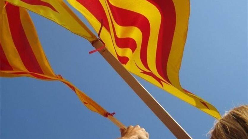 Así desafiaron alcaldes y concejales catalanes a la Constitución trabajando en un día festivo