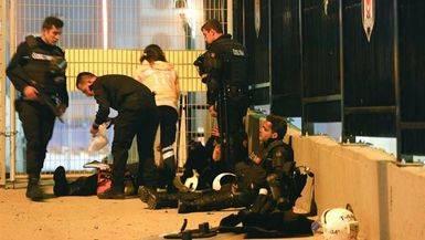Al menos 38 muertos y 155 heridos tras el doble atentado kurdo en Estambul