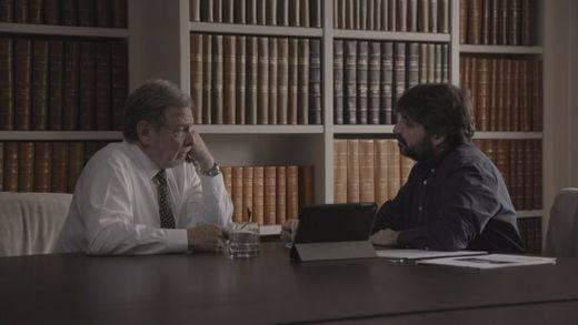 Cebrián se ve las caras con Jordi Évole: