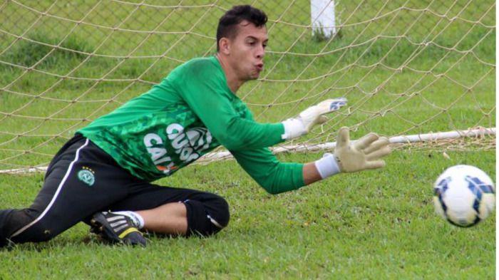Un título que no podrá disfrutar: Danilo, el portero del Chapecoense, mejor Jugador del Año en Brasil