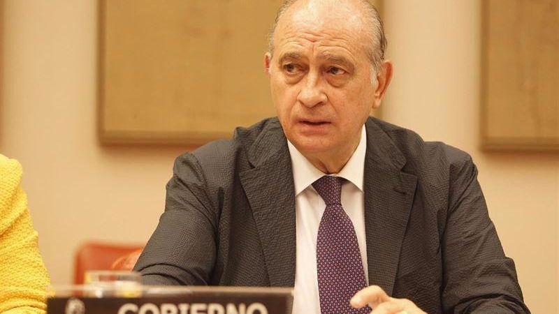 Carpetazo a las grabaciones de Fernández Díaz buscando 'trapos sucios' en Cataluña