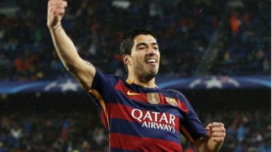 Suárez, azulgrana para (casi) siempre: renueva con el Barça hasta 2021