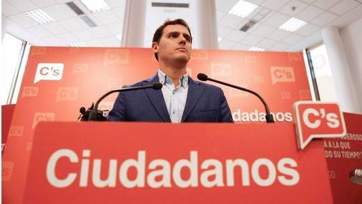 Rivera ya plantea que Ciudadanos gobierne en 2019 porque llegará