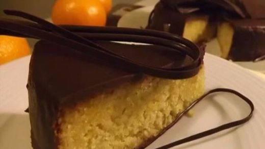 Espectacular tarta de naranja y chocolate para dejar con la boca abierta a los tuyos