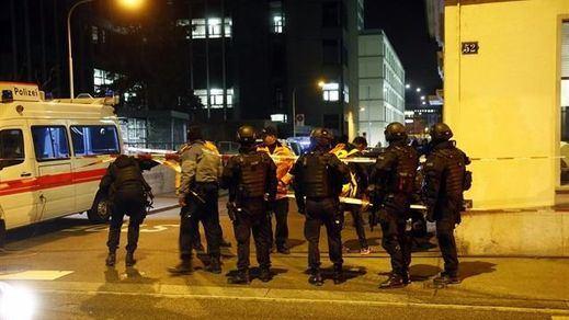 3 heridos por disparos en un centro islámico de Zúrich