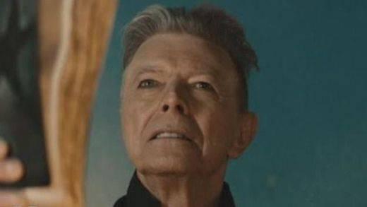 David Bowie 'revive' un año después de su muerte con el estreno de un documental inédito