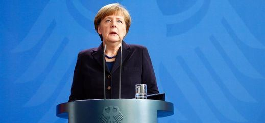 Merkel da ejemplo a los ultras prometiendo castigar con la ley el atentado de Berlín y pidiendo respeto para los refugiados