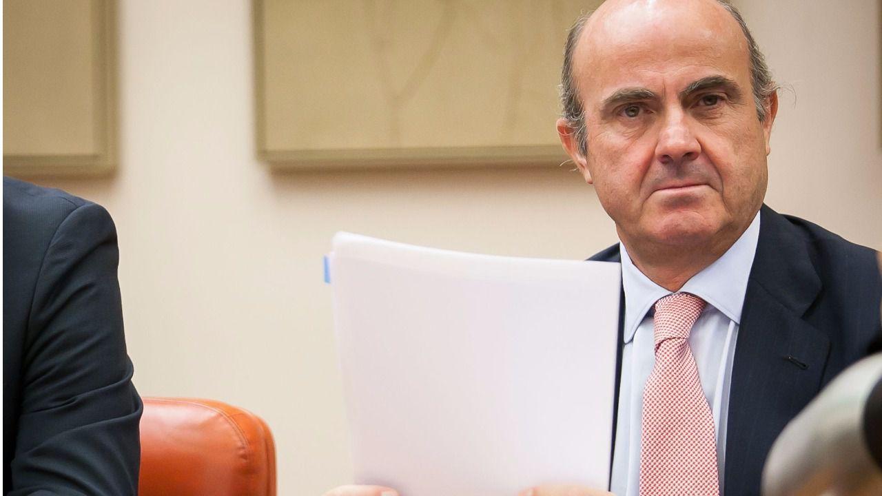 El gobierno invita a la banca a cumplir su c digo de for Gobierno clausula suelo