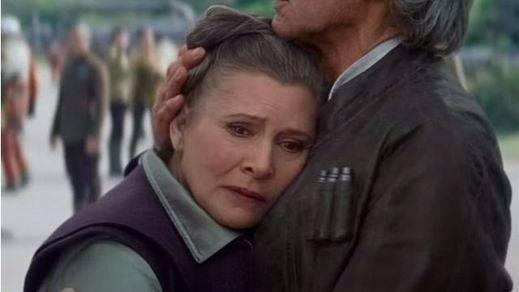 Carrie Fisher, la mítica princesa Leia de Star Wars, hospitalizada tras sufrir un infarto en pleno vuelo