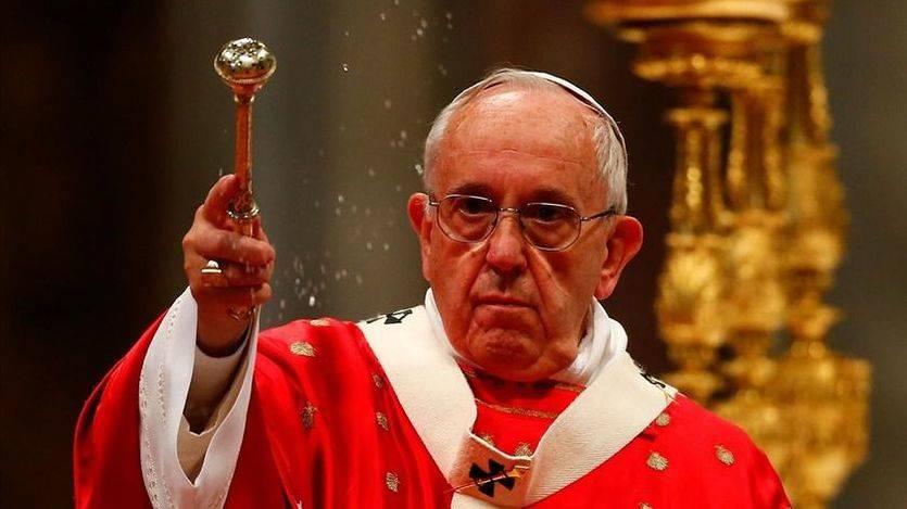 El Papa critica que la Navidad se convierta en una fiesta del consumismo y la banalidad