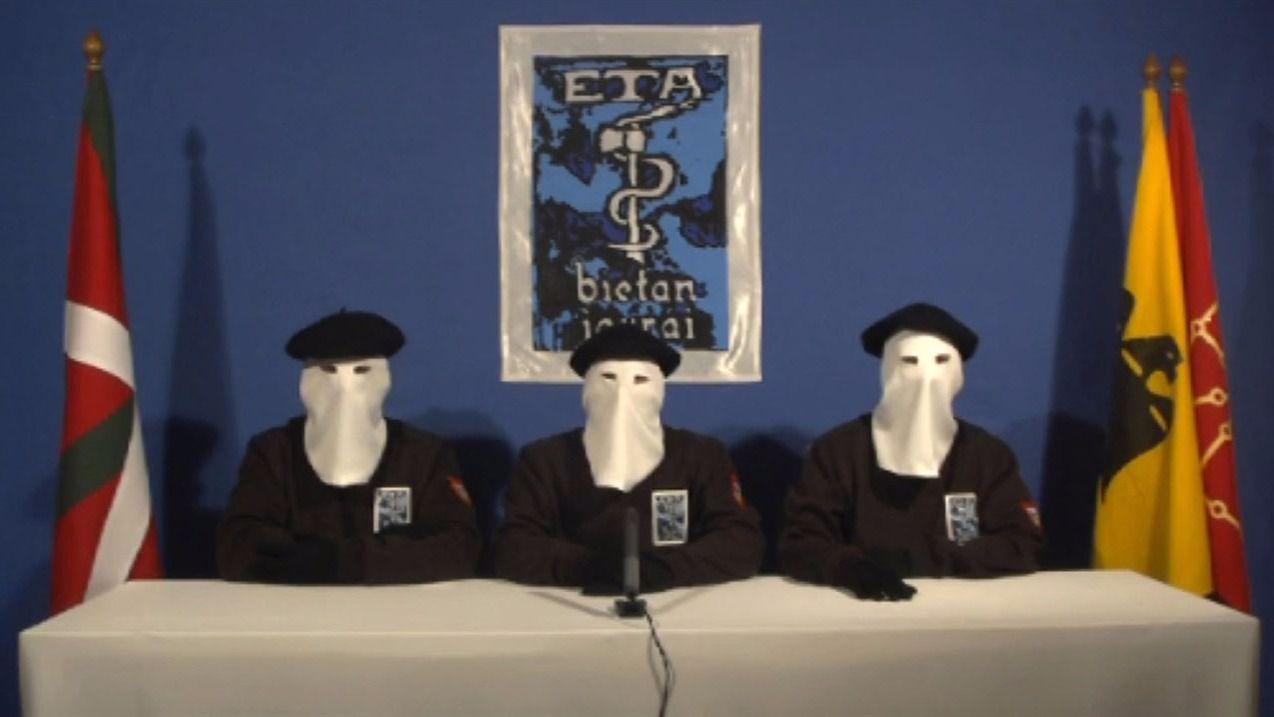 ETA permitirá a sus presos buscar beneficios penitenciarios pero sin arrepentirse de sus crímenes ni colaborar